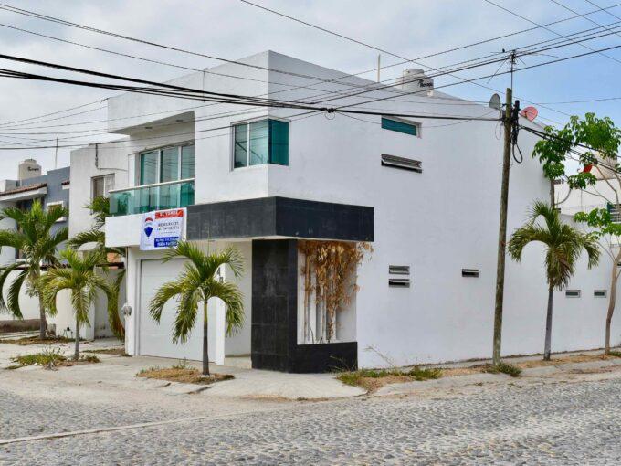Casa Nuevo Salagua, Manzanillo.